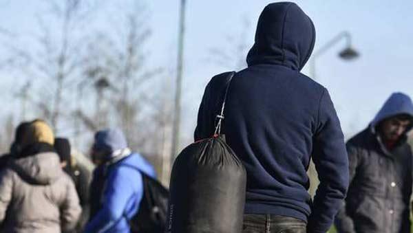 Полторы тысячи мигрантов солгали о своем возрасте