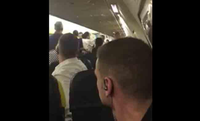 Драка в самолете Брюссель - Мальта