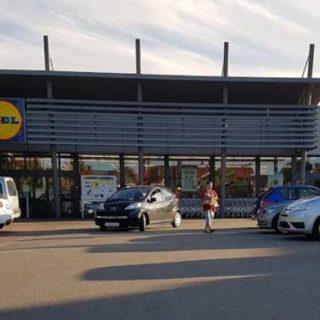 Захват в заложники и ограбление супермаркета Lidl