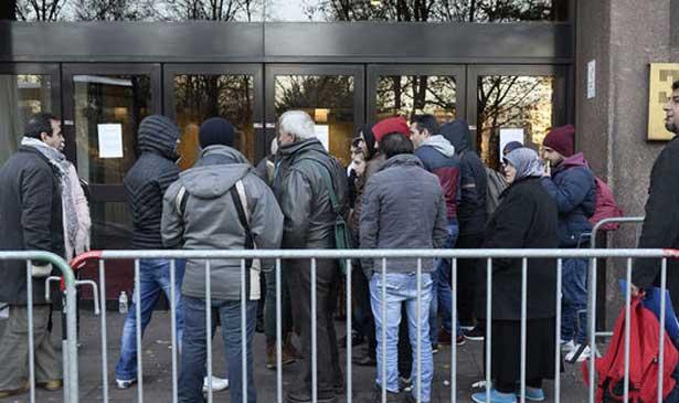 584 человека ожидают принятия решений по процедуре предоставления убежища более пяти лет