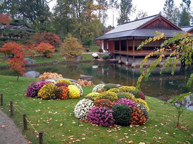 Хотя этот сад молодой, но в нем ощущается дух классического японского сада.