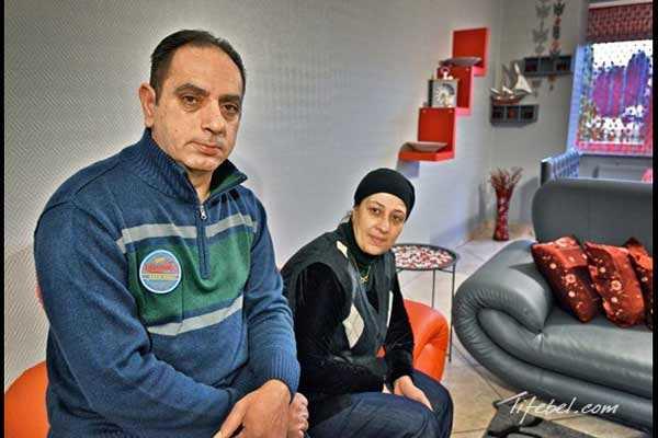 На фото: Унал Озсенер со своей супругой Финдой Беллиси