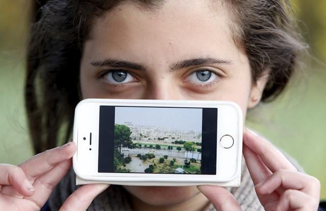 Хая из Сирии со своей деревней