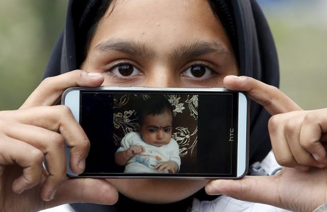 Рубина из Афганистана, со своей племянницей Иман