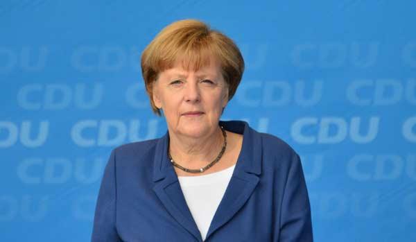 События в Кельне: Меркель хочет выдворить из страны осужденных иммигрантов