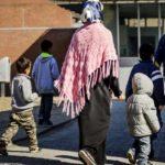 Европейская комиссия хочет ужесточить санкции в отношении тех стран, которые не участвуют в приеме беженцев.