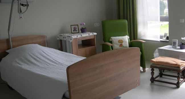 Критичная ситуация в домах престарелых: 8 из 10 обитателей нуждаются в уходе