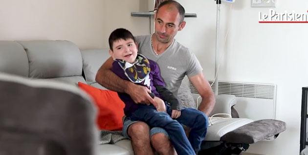 Нолан (8) съел гамбургер из супермаркета Lidl и теперь он инвалид на всю жизнь