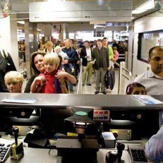 Уже 92 вида на жительство отозваны у беженцев «в отпуске»