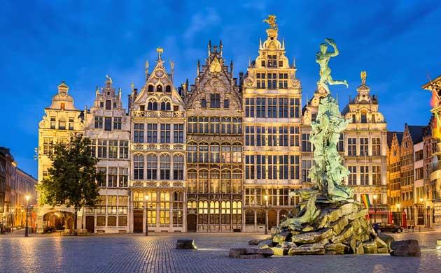 Гроте-Маркт – главная площадь Антверпена