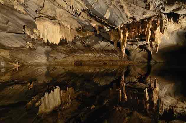 Пещера Ан-сюр-Леc