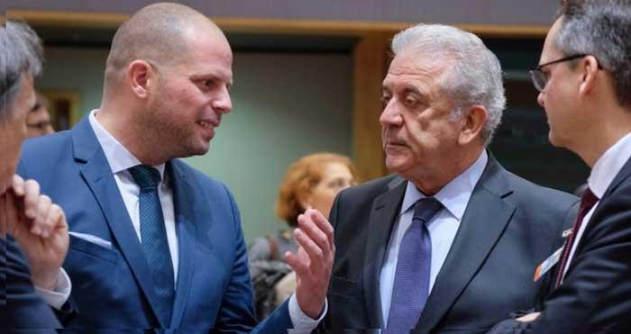 """Бельгия и Италия договорились бороться сообща с """"туристами"""" из числа беженцев"""