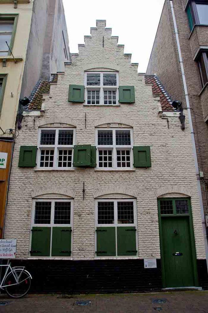 Испанский Дом - самый старый из существующих в Остенде