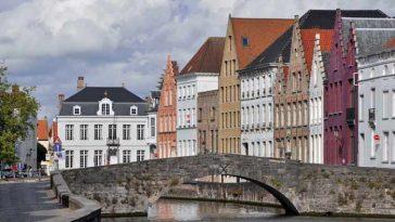 Власти Брюгге примут меры по ограничению потока туристов