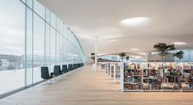 Библиотека Ооди в Хельсинки, Финляндия