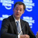 Александр Де Кроо — молодой мужчина занимающий пост министра финансов. Он станет новым премьер-министром Бельгии, как и первым фламандским политиком, занявшим этот пост с 2011 года.