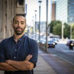 """Самми Махди (CD&V): """"Мы создаем сайт с цифрами по миграции для борьбы с фейковыми новостями"""""""
