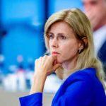 Госсекретарь Нидерландов уволена из-за критики корона-паспортов